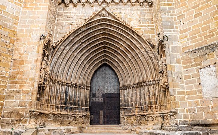 Portal Gótico de la Iglesia de Santa María la Mayor de Valderrobres