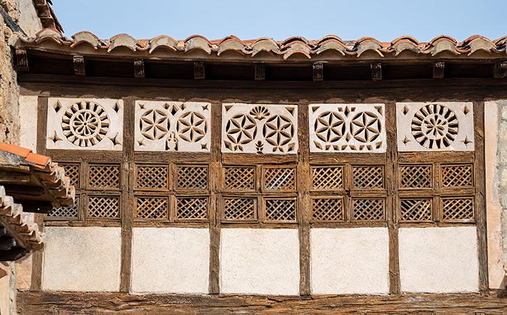 Celosías mudéjares portal de las Monjas Mirambel